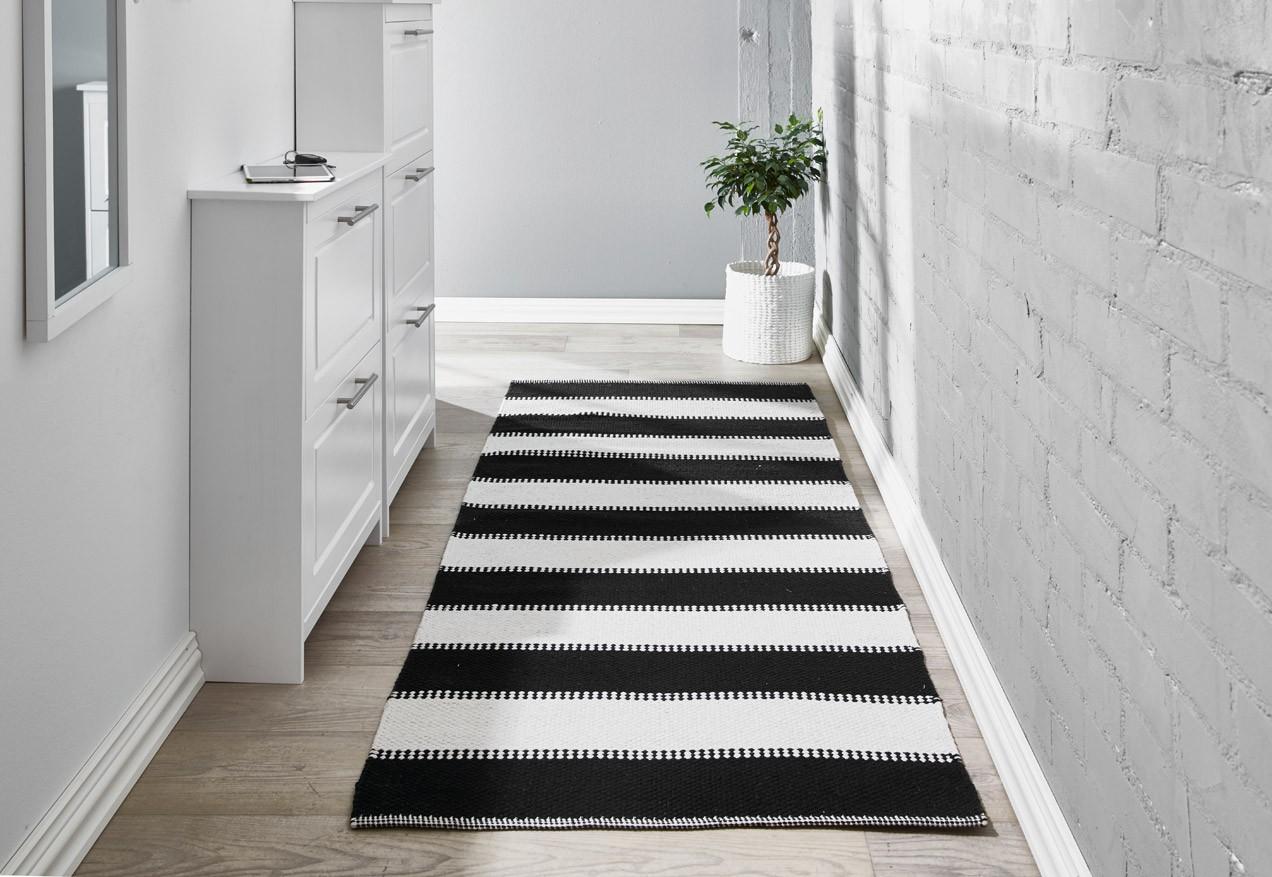 PEPPI matto 80 x 300 cm (Mustavalkoinen)  Puuvillamatot